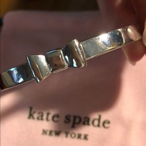Kate Spade ♠️ silver bow bangle